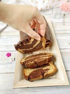 Qui d'autre a une furieuse envie d'un marbré pour le goûter ? Oui, mais sans gluten, sans lactose et sans oeuf ? Moi, moi, moi ! #vegan #sansgluten