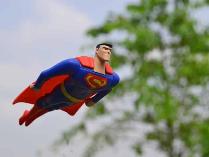 Pourquoi vous devez regarder des séries de Superhéros pour vous occuper quand vous êtes malade / Un Sourire aux Lèvres