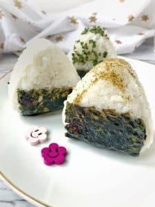 Les onigiris, la version japonaise du sandwich, certifié sans gluten, sans lactose et sans oeuf ! Parfait pour les intolérances alimentaires / Un Sourire aux Lèvres